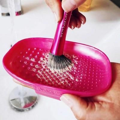 Палетка для очистки кистей Real Techniques Brush cleansing palette: фото