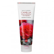 Пенка для лица с экстрактом камелии Holika Holika Daily Garden Tongyeong Camelia Moisture Cleansing Foam 120мл: фото